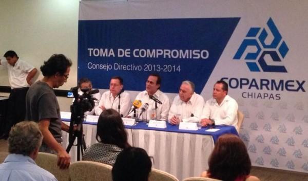 La Coparmex-Chiapas pidió se adecúe la legislación chiapaneca correspondiente, a lo previsto por la Ley General de Educación y la normativa de naturaleza laboral y administrativa, prioridades en la implementación.