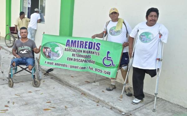 Asociación de Migrantes Retornados con Discapacidad (AMIREDIS) en su paso rumbo a la Ciudad de México. Foto: Cesar Rodríguez