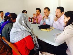 Reunión de los comisionados del CEAV con Lesvia Gómez Entzin en San Cristóbal de Las Casas.