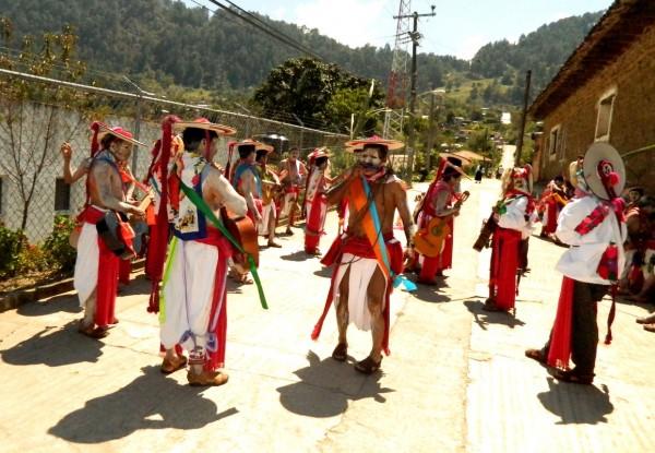 Carnaval en Huixtán, Chiapas. Fotos: Amalia Avendaño