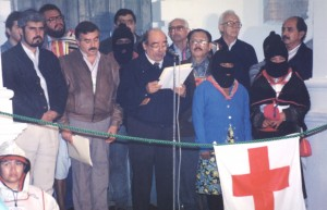 Don Samuel Ruiz acompaña al EZLN. Foto: Archivo Frayba
