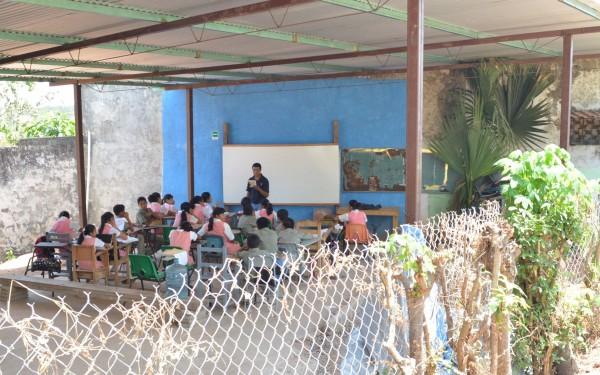 Galera funciona como edificio para Secundaria. Foto: Cesar Rodríguez