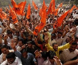 El movimiento Telangana se propone la creación del nuevo estado de Telangana en lo que hoy es el estado de  Andhra Pradesh.