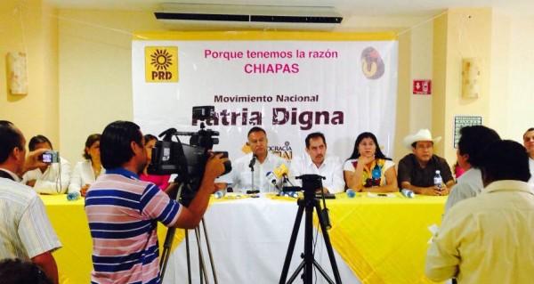 Carlos Sotelo García, en campaña en Chiapas rumbo a la dirigencia nacional del PRD. Foto: Chiapas PARALELO