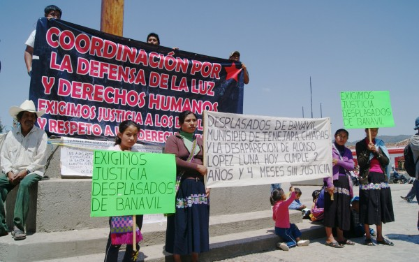 Desplazados de Banavil exigen justicia. Foto: Amalia Avendaño