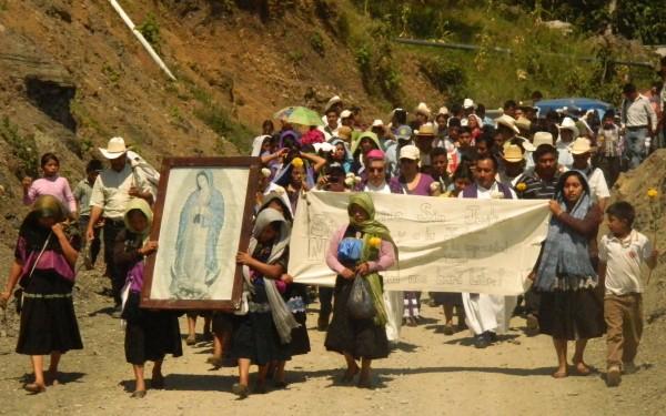 Desplazados ejido Puebla, Chenalhó retornaron, luego de dos intentos fallidos. Foto: Amalia Avendaño