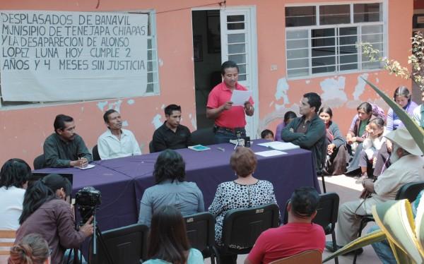 Desplazados y ex presos políticos en la defensa de sus derechos