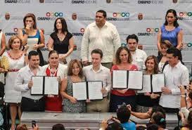 Durante la firma del Acuerdo, en 2013, confluyeron representantes de los tres poderes del estado. Foto: Icoso