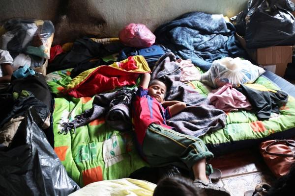 El líder de una organización de comerciantes fue quien encabezó al grupo de hombres armados que desplazó a la comunidad. Foto: Elizabeth Ruiz