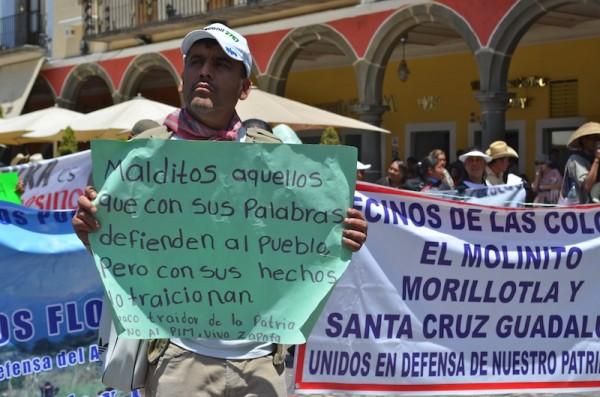 Juan Carlos está buscando promover un amparo, lo mismo se haría a favor de Enedina Rosas Vélez, comisaria ejidal de San José Teruel. Foto: LadoB