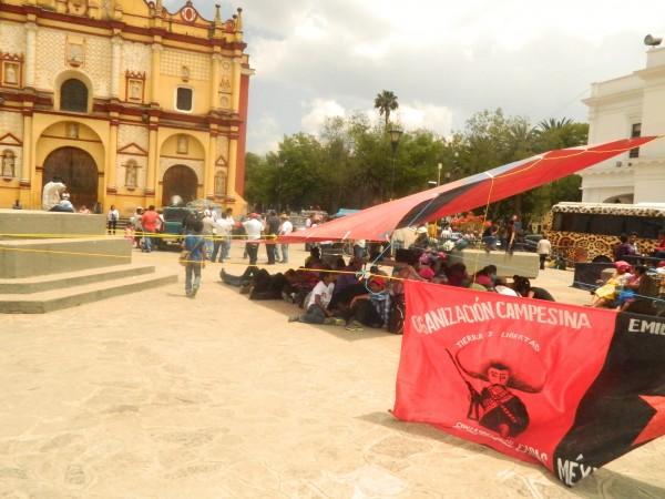 OCEZ Carranza instala plantón indefinido en San Cristóbal de las Casas. Foto: Amalia Avendaño