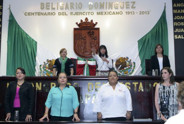 La mesa directiva quedó integrada por siete mujeres. Foto: Cortesía.