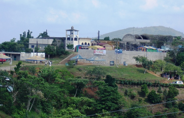 Desde el pasado 27 de Abril cuando debían haberse realizado las elecciones, el descontento en Telolotla se acrecentó. Foto: Radio Expresión