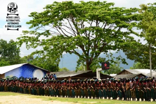 Milicianos del Ejército Zapatista de Liberación Nacional (EZLN). Foto: Medios Libres Alternativos/Koman Ilel