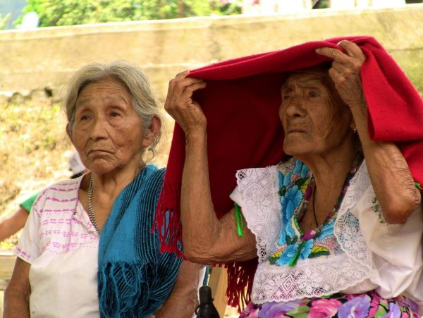 Mujeres en el Cngreso zoque celebrado en el municipio de Rayón Chiapas, el pasado 24 de mayo. Foto: Saúl Kak