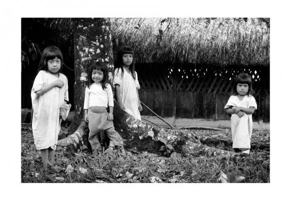 Niños lacandones en Metzabok, Selva Lacandona. Fotos:  Jacob García/Chiapas PARALELO