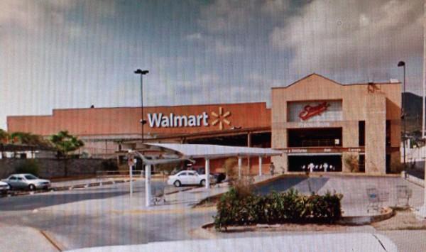 Walmart Poniente de Tuxtla Gutiérrez.