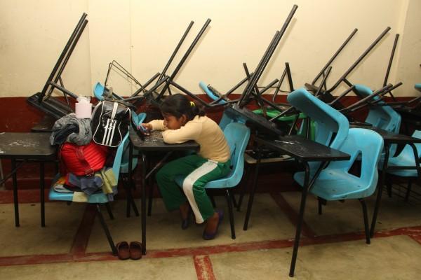Continúan suspendidos los servicios educativos en las zonas de riesgo. Foto: Elizabeth Ruiz