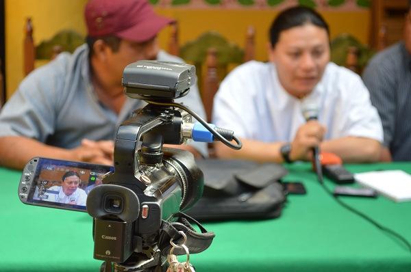 Conferencia de representantes de la Comunidad Lacandona y la ARIC. Foto: Cortesía