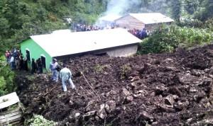 """El deslizamiento de ladera ocurrió en la comunidad """"Muquen"""", del municipio de San Juan Chamula"""