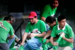 """Trabajadores del ayuntamiento de Tapachula en el operativo """"regalo"""". Foto: Benjamín Alfaro"""