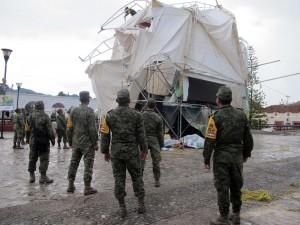 Elementos del Ejército Mexicano acudieron al lugar y acordonaron la Catedral. Foto: Elizabeth Ruiz