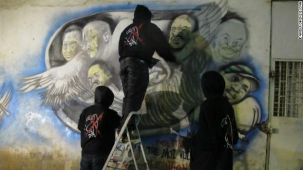 Artistas de Kenya representan en sus pinturas a la clase política, resaltan la corrupción, y comparan a los líderes políticos con buitres. Foto: www.mexicocnn.com