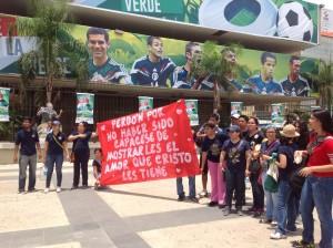 Otros apoyos que recibieron los y las participantes de la Primera Marcha del Orgullo Gay realizado en Tuxtla Gutiérrez, Chiaas. Fotos: Isaín Mandujano.