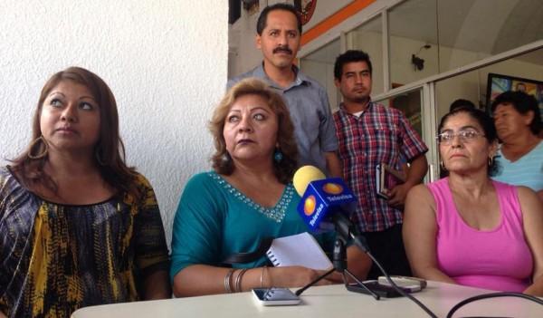 Es falso que la empresa calera haya parado labores, sigue operando y violando las leyes, dicen. Foto: Chiapas PARALELO