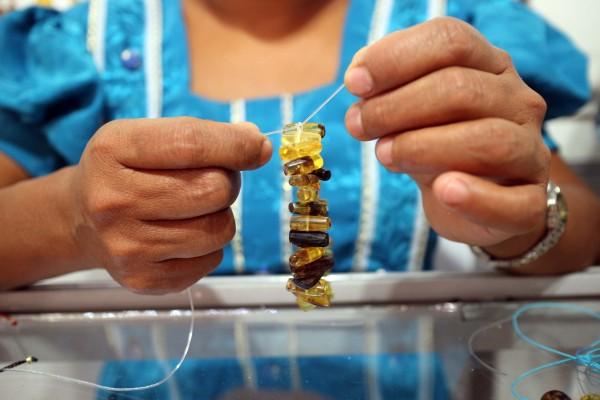Se han encontrado joyas de ámbar estas que datan del año 8000 A.C. Foto: Elizabeth Ruiz