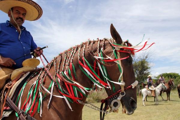 Cabalgata en el marco de la Feria de Comitán. Foto: Elizabeth Ruiz
