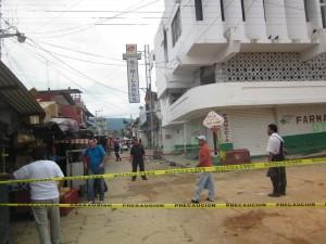 Edificios afectados en su infraestructura siguen siendo un riesgo. Foto: Benjamín Alfaro