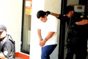 Capturado en mayo del 2008 por presuntos actos de corrupción y se le ligó a la desaparición de una joven mujer.