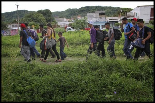 Huyendo de la pobreza y violencia