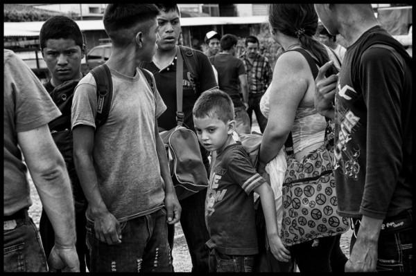 Niños migrantes, ¿Ser niños sicarios, o emprender la travesía? El dilema. Foto: Elizabeth Ruiz/Periodistas de a Pie