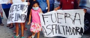 Niños y mujeres afectados por la contaminación de COMASUR 000