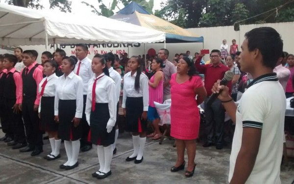 Niños y niñas de Escuela Binacional. Foto: Benjamín Alfaro