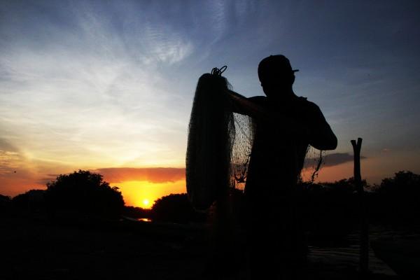 Regresando de la pesca. Foto: Elizabeth Ruiz