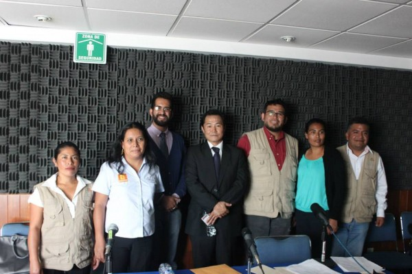 Locutores que participaron en el programa especial. Foto: Cortesía.