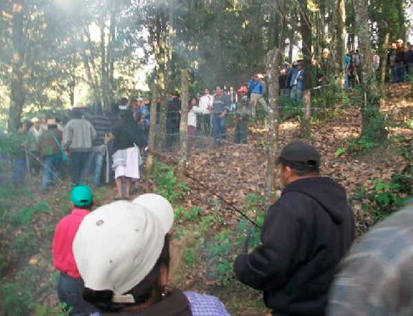 ¿Terrenos de trabajo o cancha deportiva?, dilema de habitantes de San Felipe. Foto: Cortesía