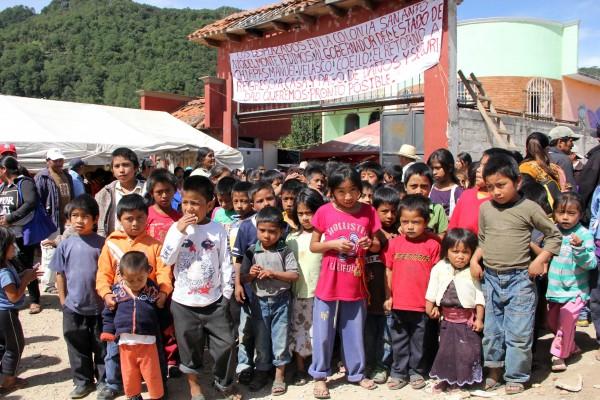 El desplazamiento forzado se incrementa en Chiapas, ante la imposibilidad de solucionar por la vía pacífica las problemáticas sociales. Foto: Elizabeth Ruiz