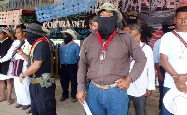 """Fotos cortesía del colectivo de mass media del EZLN """"Los Tercios Compas"""""""