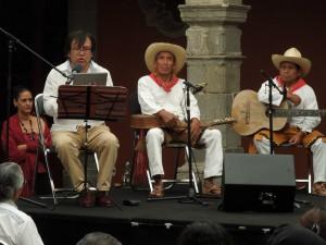 Los músicos tradicionalistas zoques Gonzalo Camacho, Benito Aquino y Cecilio Hernández. Foto: Anatol Vázquez García.
