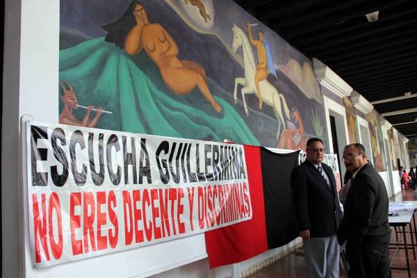 Manifestación en la Facultad de Derecho. Foto: Elizabeth Ruiz