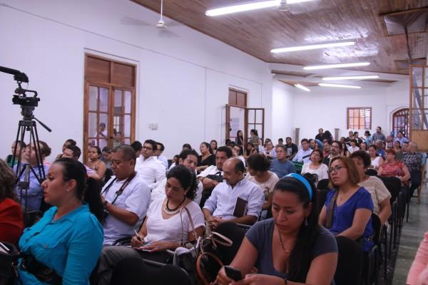 Con la ciudadanía celebró ayer Chiapas Paralelo su primer aniversario.