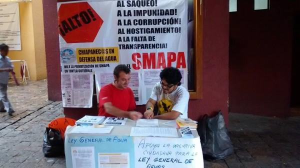 En la parroquia de la iglesia de Guadalupe en Tuxtla se estuvo solicitando firmas. Foto: cortesía.