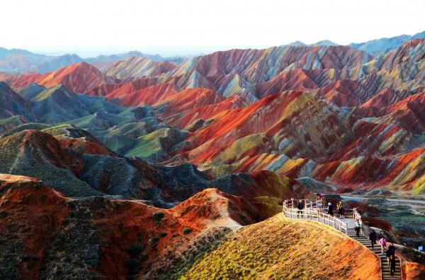 Zhangye Danxia, relieve en Gansu, China Zhangye Danxia, relieve en Gansu, China MelindaChan/Flickr / Getty Images / Via quora.com