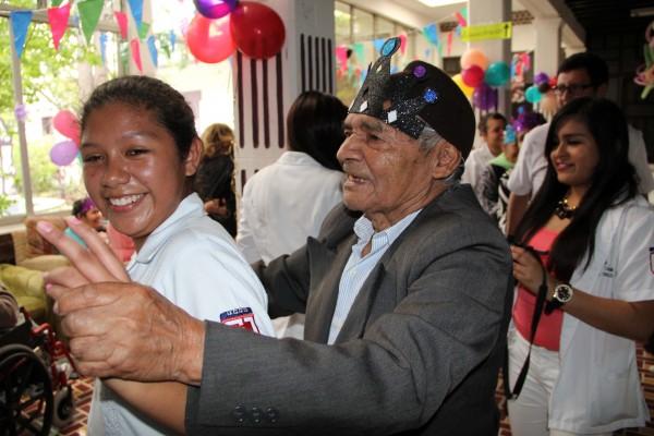 Ancianos de San Cristobal. Foto: Elizabeth Ruiz