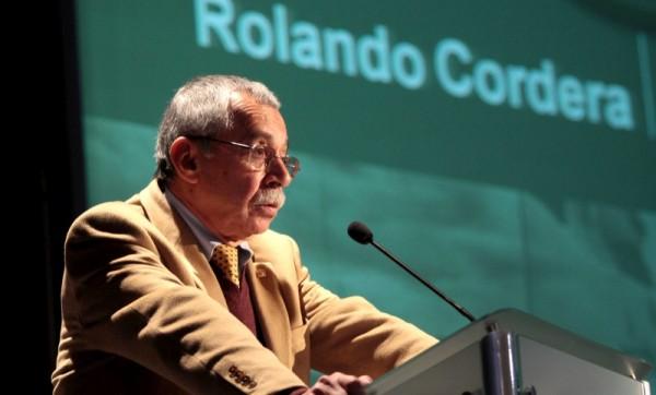 Rolando Cordera Campos, es originario de Manzanillo, Colima, licenciado en Economía por la Universidad Nacional Autónoma de México (UNAM) y realizó estudios de posgrado en la London School of Economics, en Londres, Inglaterra.