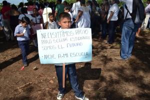 Niños sin escuela. Foto: Elizabeth Ruiz